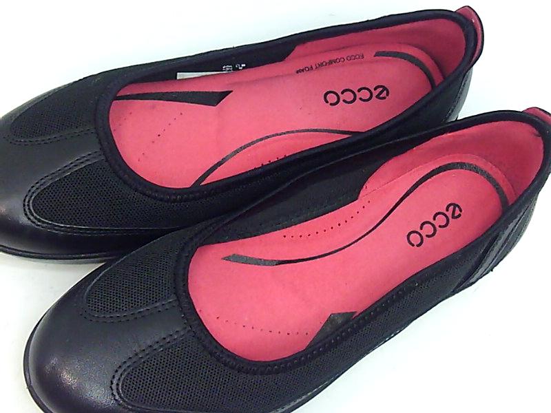 a335f9d6e0ac ECCO Womens Bluma Closed Toe Slide Flats