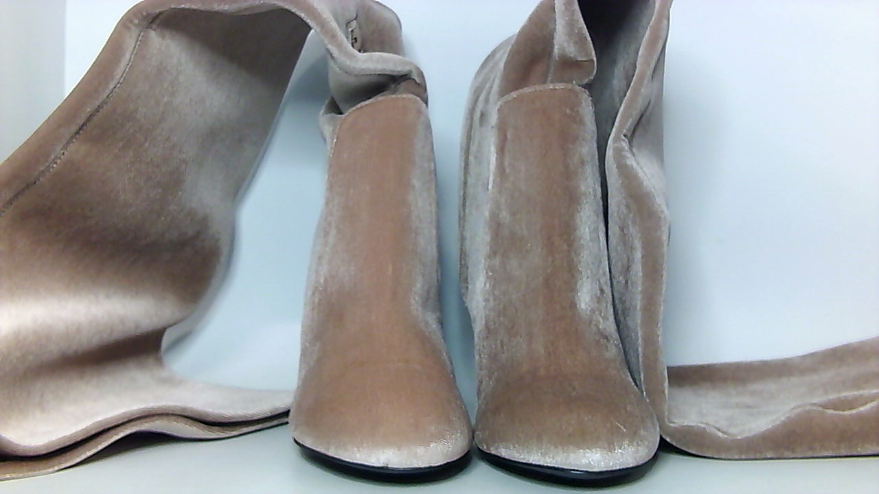 3830f9bb6 LFL by Lust for Life Womens lex Fabric Almond Toe Over, Blush Velvet ...