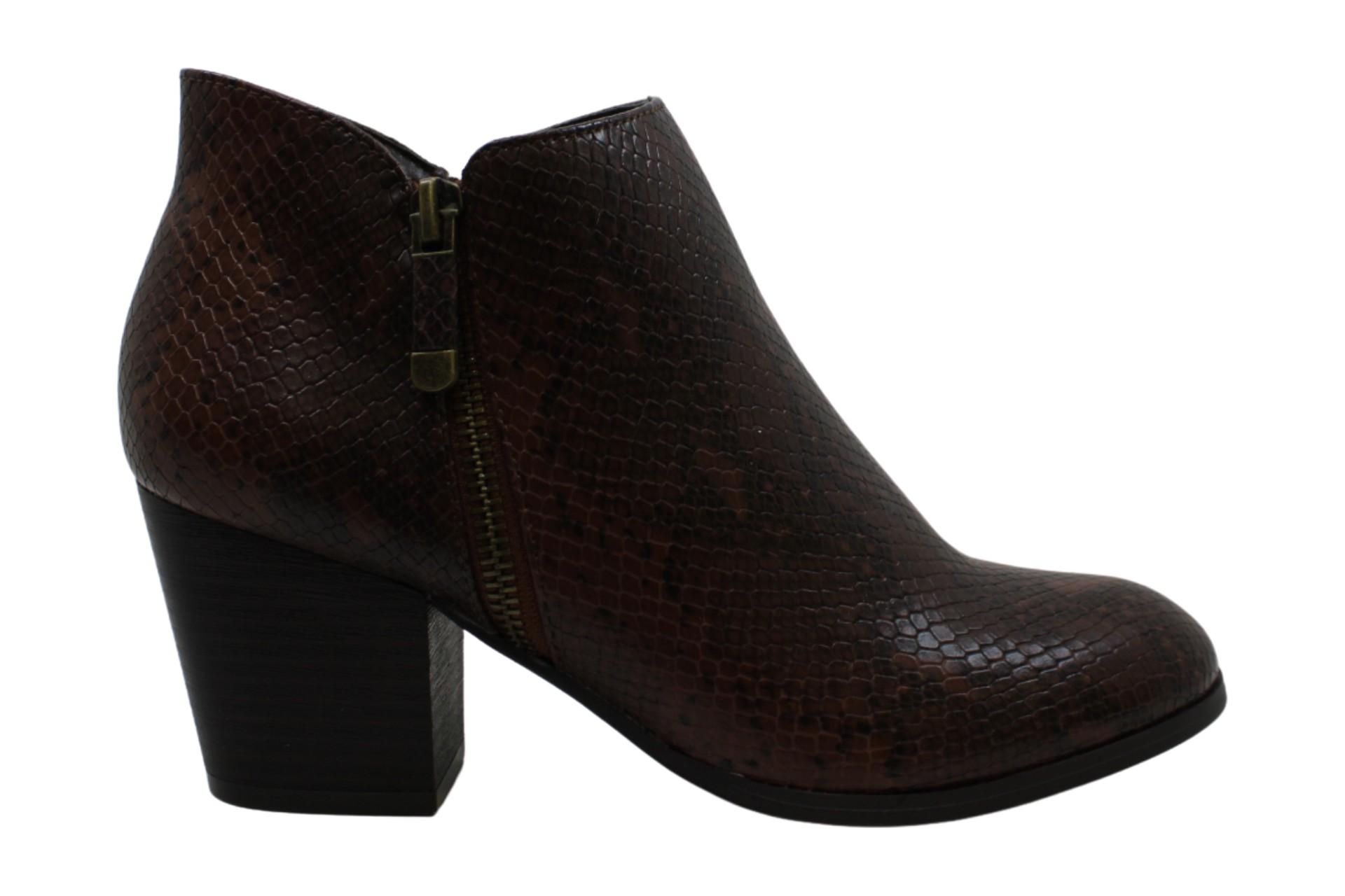 Style & Co. Womens Masrina Almond Toe Ankle Fashion Boots