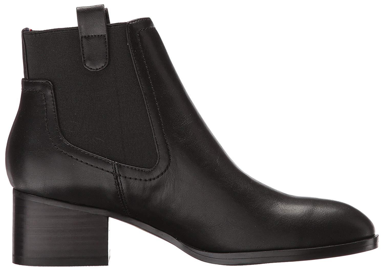 083dd549baf Tommy Hilfiger Women s Roxy Ankle Boot