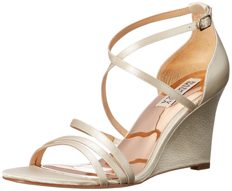 6c8524d35289 Badgley Mischka Women s Bonanza Wedge Sandal