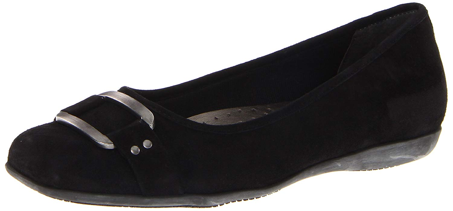 Tredters Womens sizzle Closed Toe Ballet Flats, Black Suede, Size 6.5