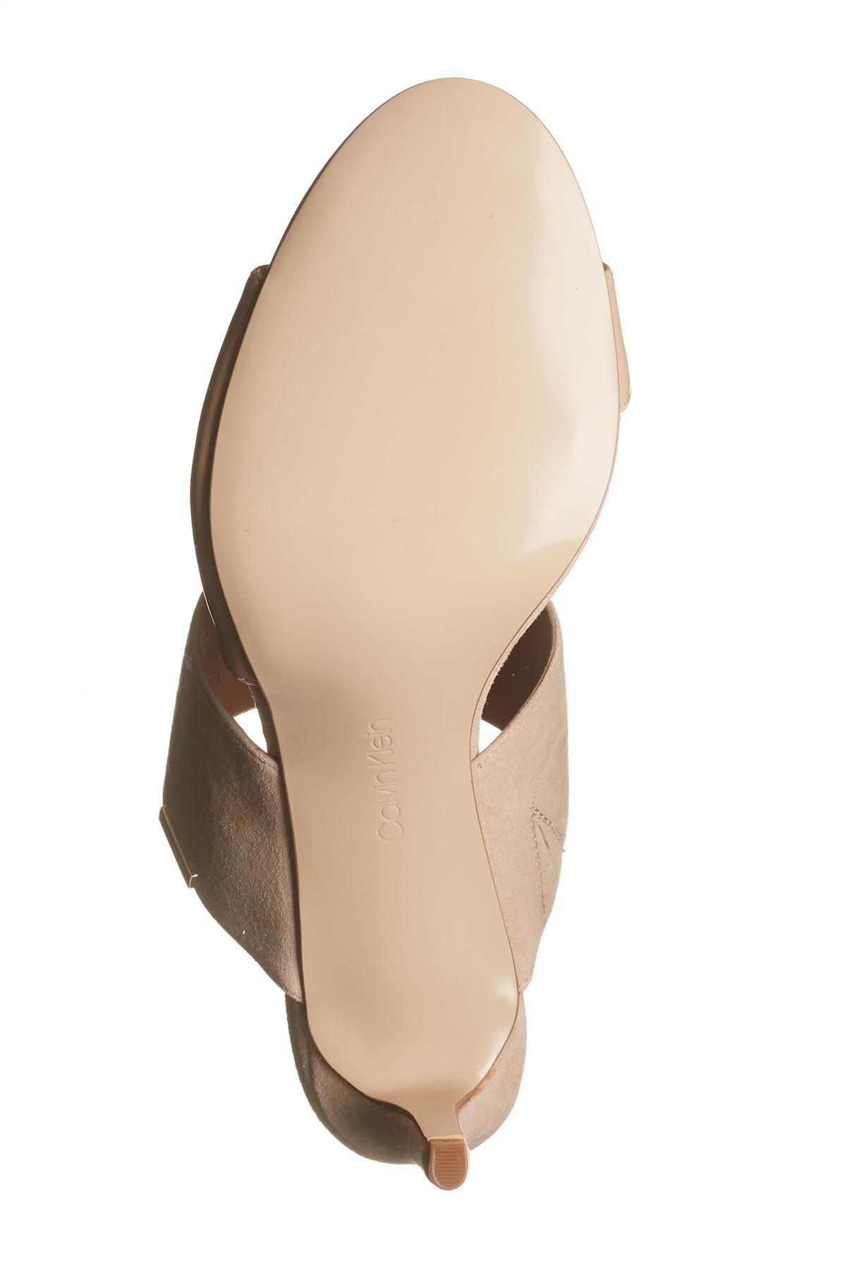 d55821d05d57 Calvin Klein Womens Clementine Leather Open Toe Casual