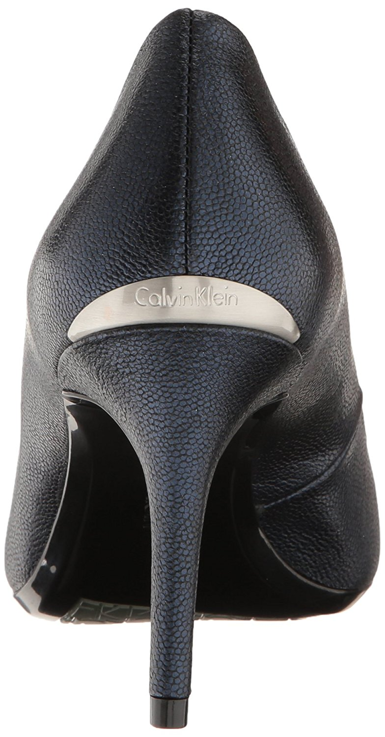 ceafed5a12f Calvin Klein Womens Gayle Leather Pointed Toe Classic Pumps