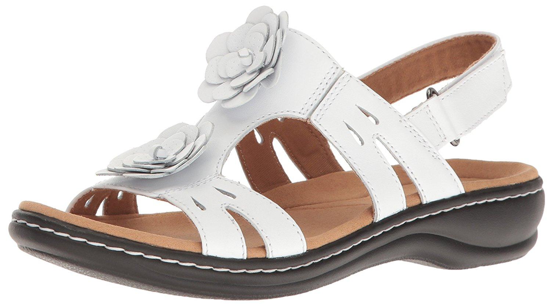 1836d4bb328 CLARKS Women s Leisa Claytin Flat Sandal