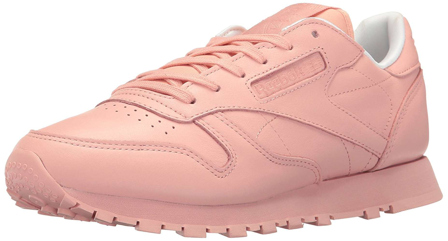 d45bb8909b4 Reebok Womens Classic Leather Low Top Lace Up Running Sneaker