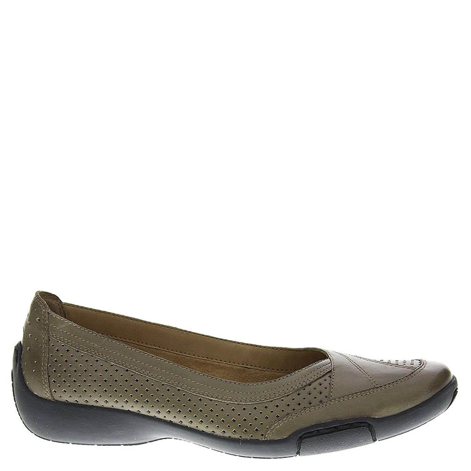 065d3a22509b Auditions Womens Verona 2 Leather Closed Toe Ballet Flats