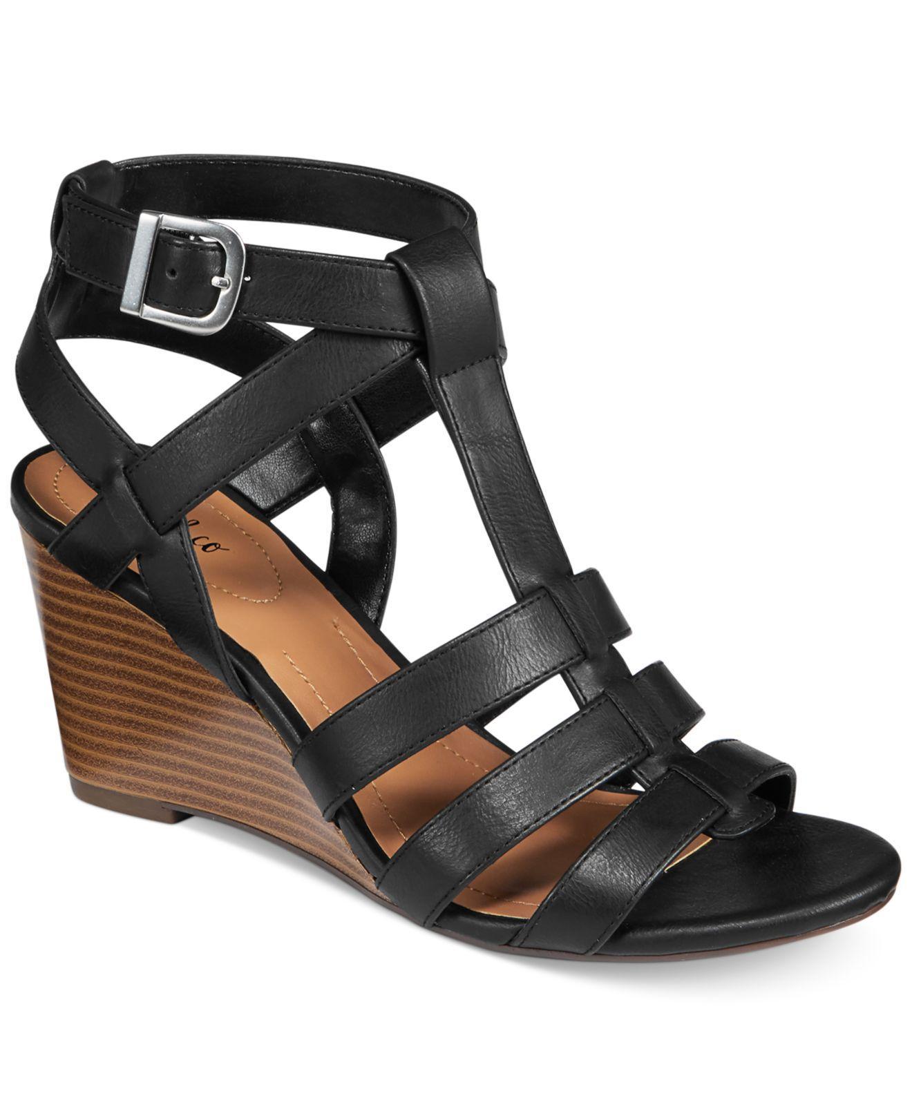 cbb5de312bc Style   Co. Womens Haydar Open Toe Casual Platform Sandals