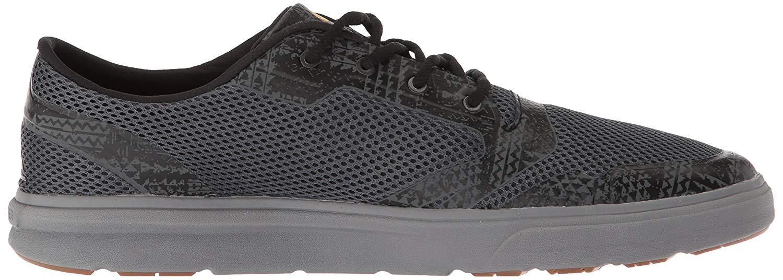 6c8d315786b9 Quiksilver Men s Amphibian Plus Athletic Water Shoe