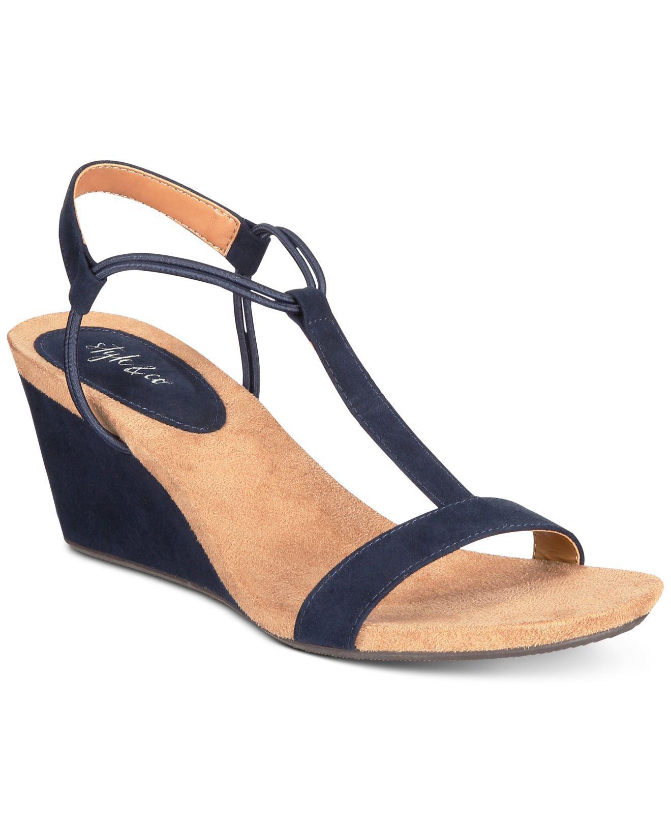 bb3cedbd5725 Style   Co. Womens Mulan Leather Open Toe Casual Platform
