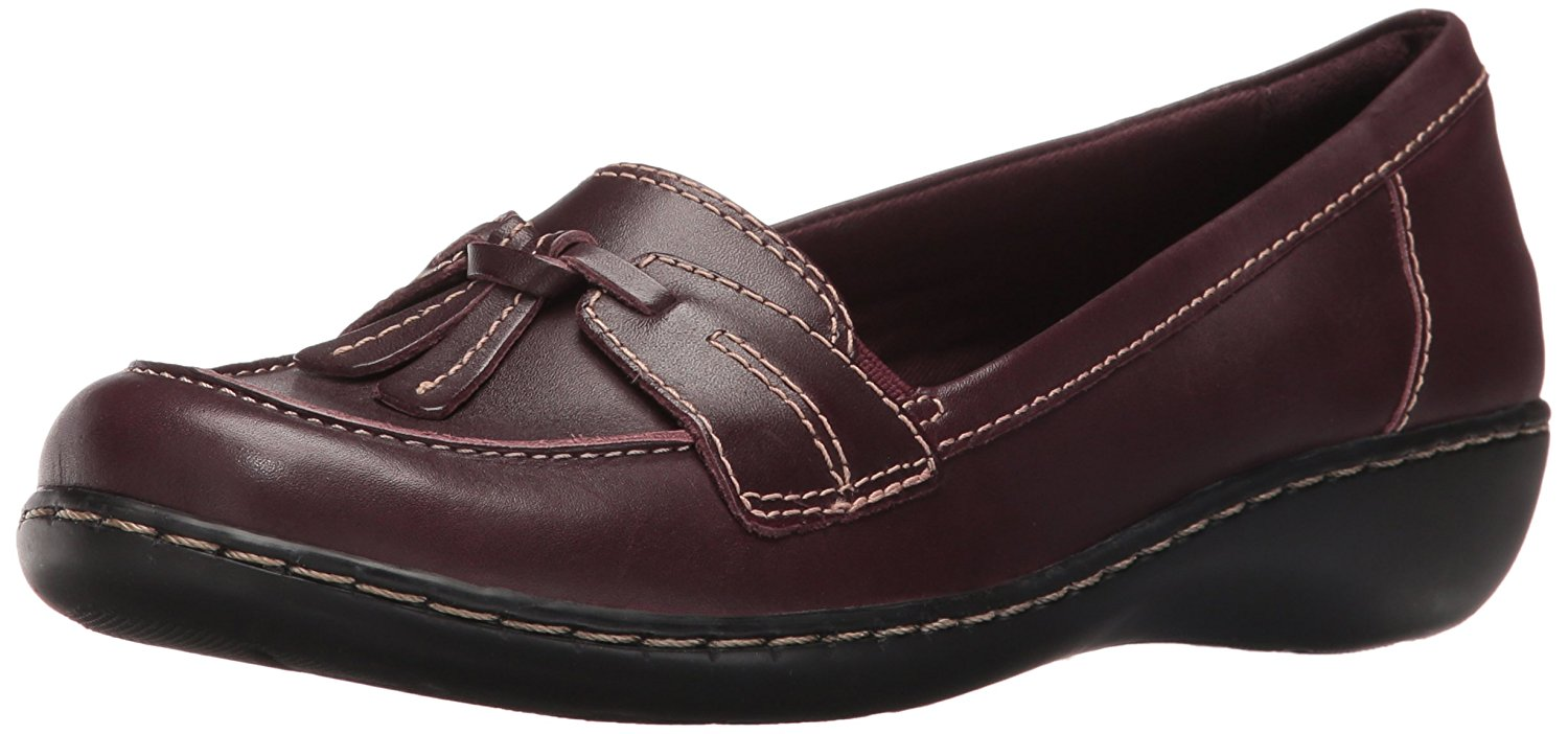 35b1d51f2a5 Clarks Womens Ashland Bubble Leather Closed Toe Loafers