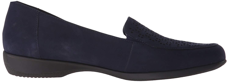 db69b9007bc Trotters Womens Jenn Leather Closed Toe Slide Flats