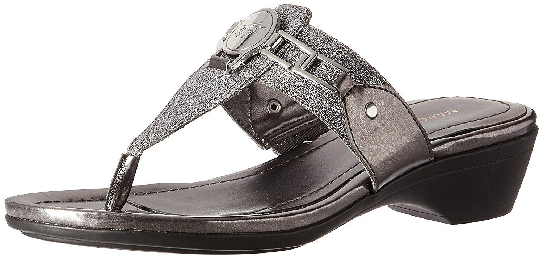 c833c17c2bee Marc Fisher Womens Amina Split Toe Casual Slide Sandals