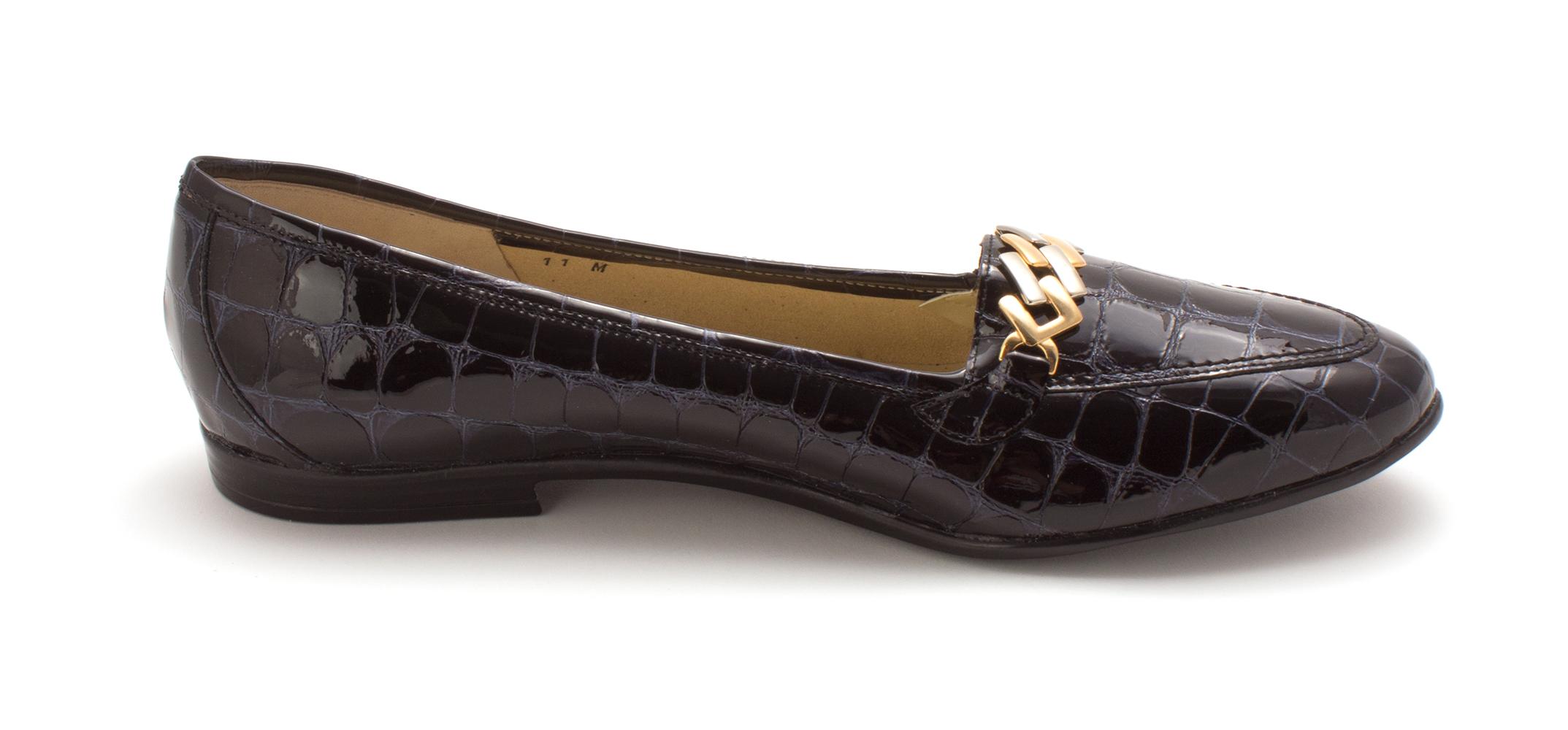 Amalfi by Rangoni damen Oste Almond Toe Loafers      172d76